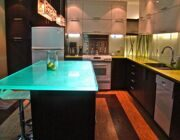 Modern-Kitchen-Interior-with-Think-Glass-Furniture